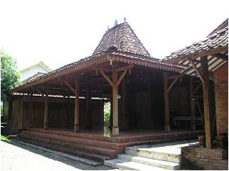 JOGLO TRADITIONAL HOUSE IN JAVA